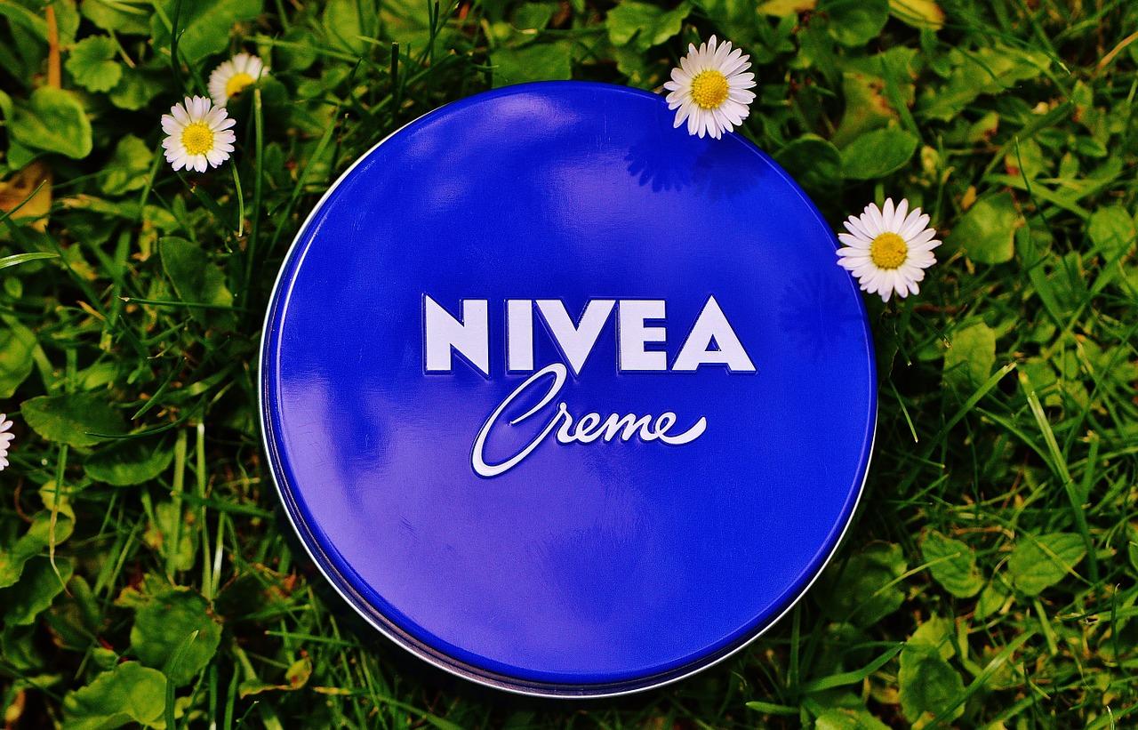 """Siempre te dijeron que la crema Nívea era buena… ¡pero nunca te contaron """"esto"""""""